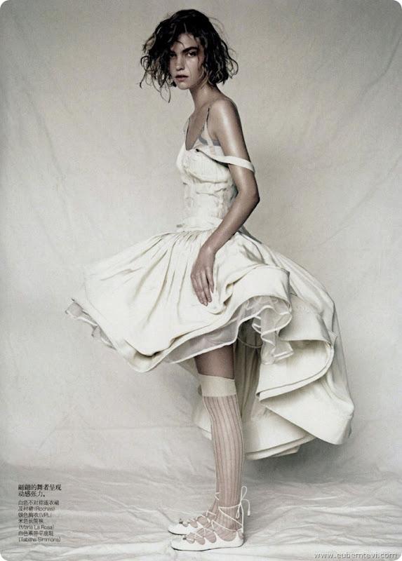 arizona-muse10  for Vogue China April
