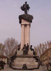 Torino, monumento a Vittorio Emanuele II