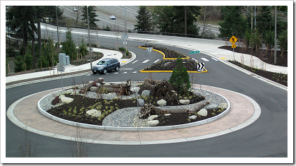 NE 36th St roundabout  (click for larger image)