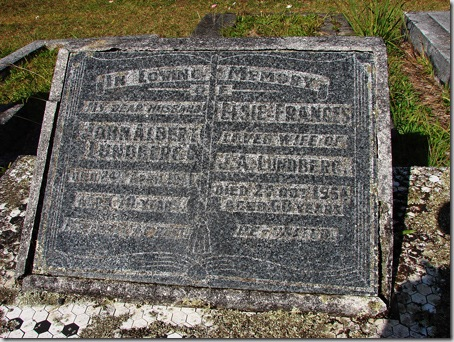 elsie-headstone