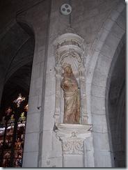 2010.09.07-016 Vierge au sourire dans l'église Saint-Thibault