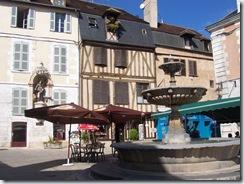 2010.09.05-001 place Saint-Nicolas