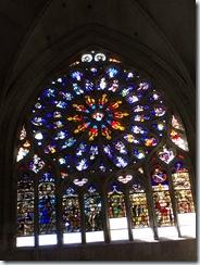 2010.09.05-037 vitraux de la cathédrale
