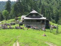 Koča na planini Preval