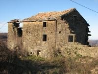 Podirajoča hiša v Topolovcu