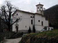 Izhodišče pri cerkvi Sv. Janeza Krstnika v vasi Plave
