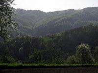 Strma pobočja na desnem bregu Jevnice