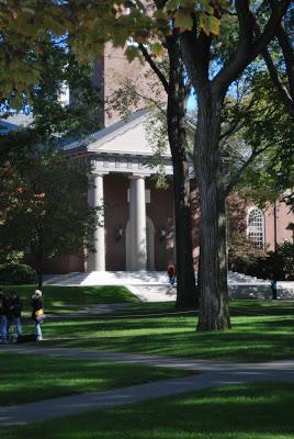 Harvard vs. MIT / Harvard et MIT