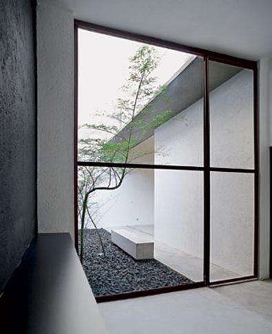 libeskind-llovet-escritorio-jardim-interno