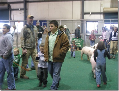 Pig Show with Hunter
