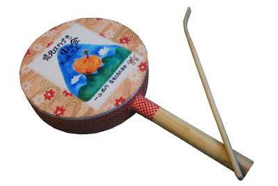 山歩きの熊威し太鼓の写真