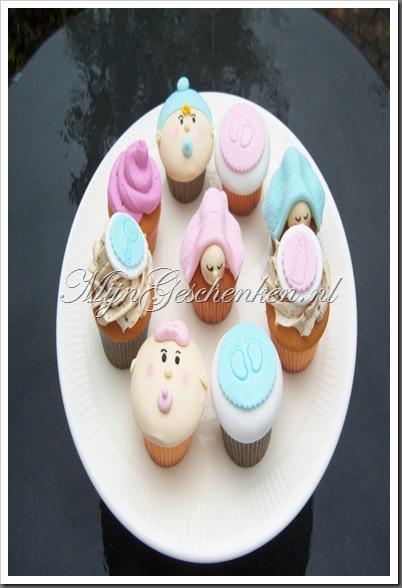 Baby cupcakes & taarten 002