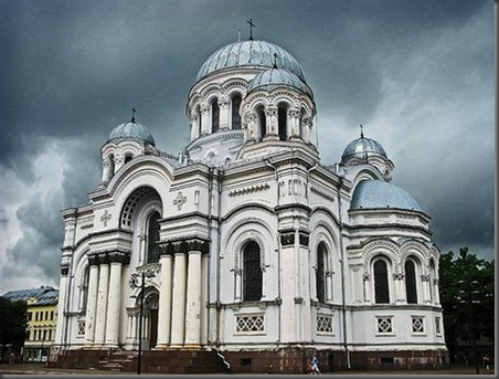 achitectural-churches-of-the-world-1