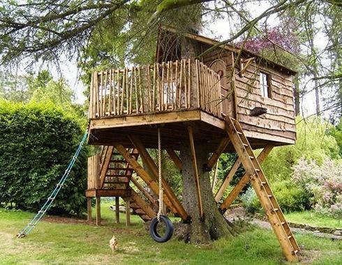 Amazing Tree Houses Around The World 05