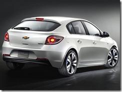 Chevrolet-Cruze_Hatchback_2012_800x600_wallpaper_03