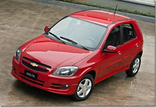 Chevrolet Celta e prisma 2012 (1)