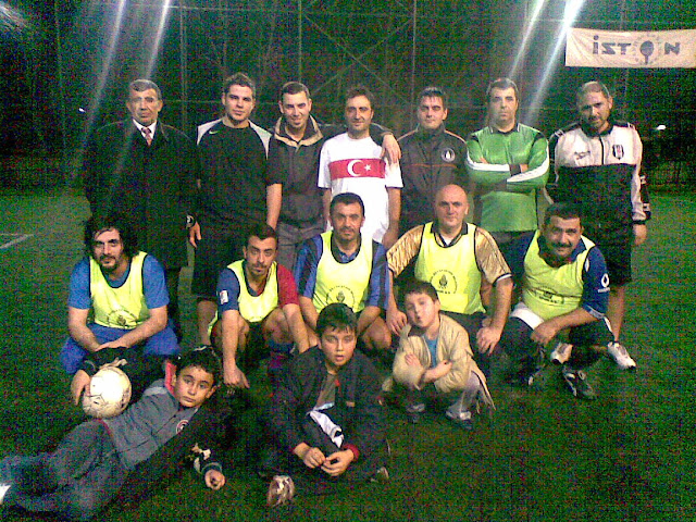 Kumkapı Sarıçubuk81 Spor Kulübü Tekavut Futbol Takım Halı Saha Maçı Yapıldı.