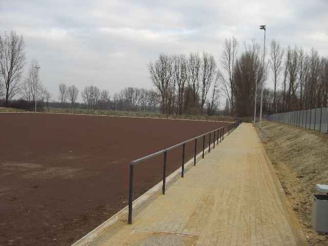 Sportplatz131208Bild03.jpg