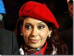 Cristina Con Gorra roja