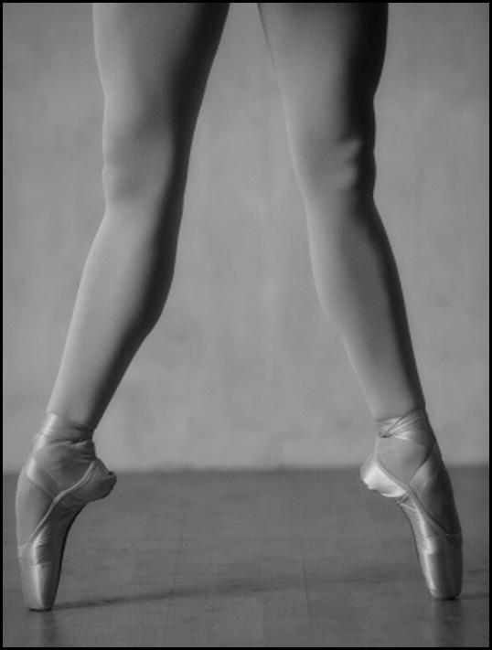 DancerStance_bw