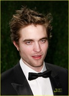 robert-pattinson-oscar-party-13
