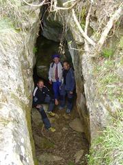 dins la cova