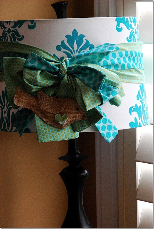 stenciled-lamp-shade