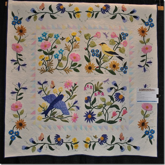 Quilts in the Gardens 2011 036
