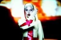 "Lady Gaga em ""Alejandro"""
