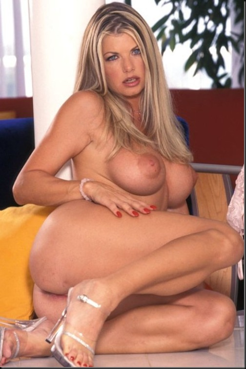 Vicky Vette Super Sexy MILF, I love Licking Her Pussy!