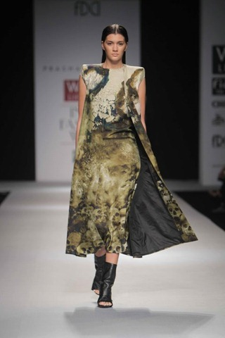 [WIFW SS 2011 collection by Prashant Verma (3)[5].jpg]
