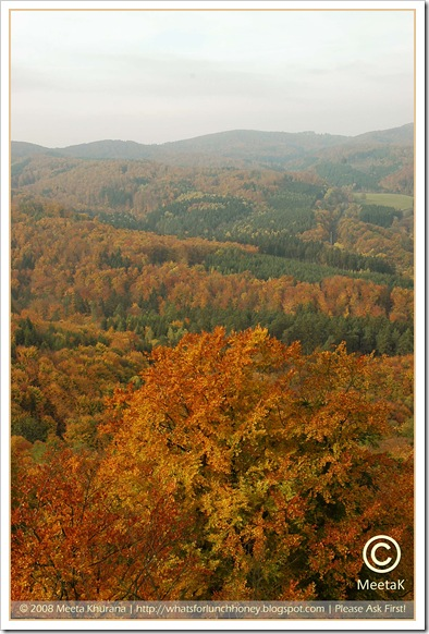 Autumn-Wartburg (07) by MeetaK