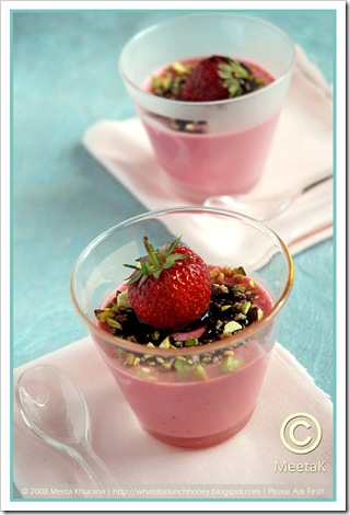 Strawberry Panna Cotta 02 framed
