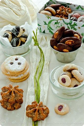 Christmas Cookies 2010 (0013) by Meeta K. Wolff