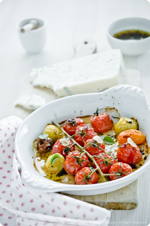 Roasted Garlic Tomatoes (007) by Meeta K. Wolff