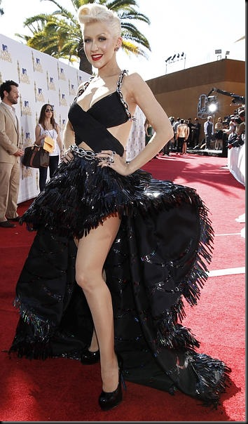 MTV-Movie-Awards_Arrivals074445--350x600