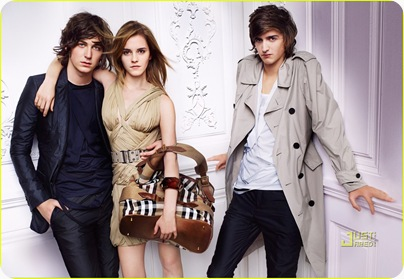 emma-watson-burberry-spring-summer-2010-campaign-08