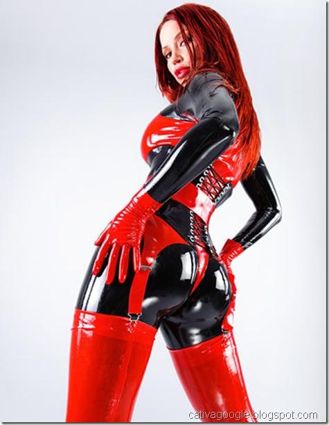 vc gota de preto com vermelho