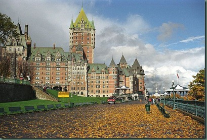 800px-Chateaufrontenac-quebec-canada-rs