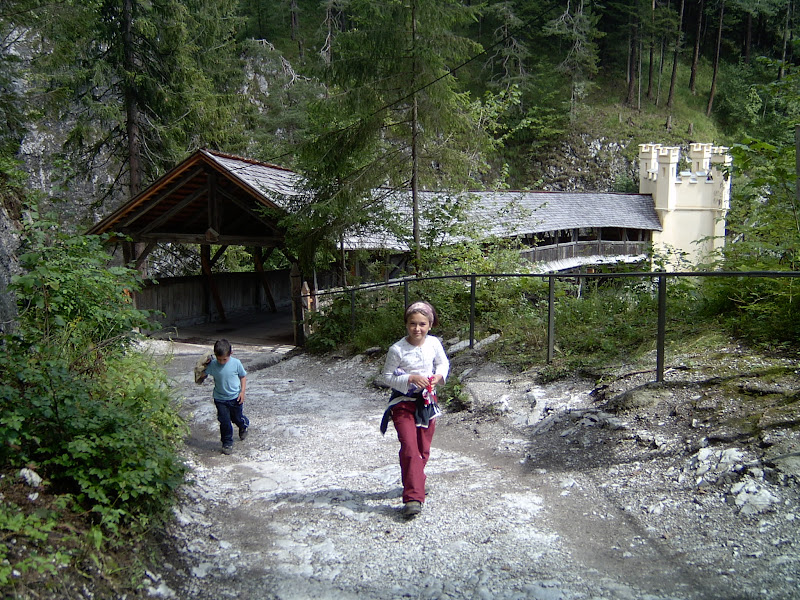 Photo of Stans - Wolfklamm - Monasterio Sankt Georgenberg