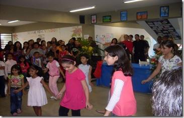 Grupo ingfantil na escola