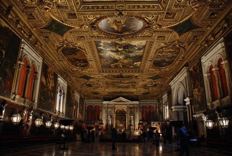 壯觀的頂棚畫,來源:Basilica di Santa Maria Gloriosa dei Frari官方網站