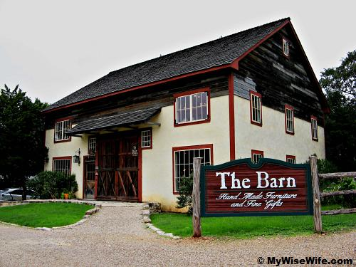 The Gift Barn - Waco Homestead Heritage