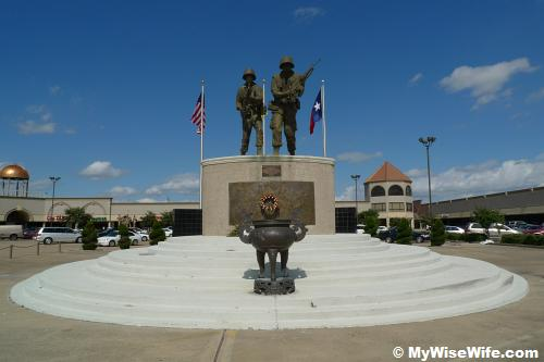 Statues of a Vietnamese & an American - War Memorial Monument opposite Hong Kong City Mall