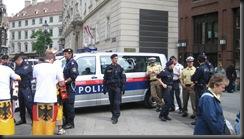 military_woman_austria_police_000047
