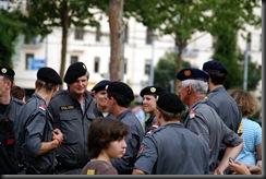 military_woman_austria_police_000023