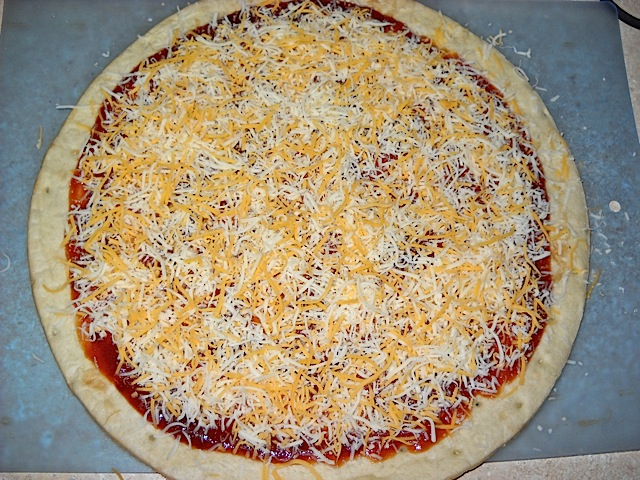 BBQ pizza cheese