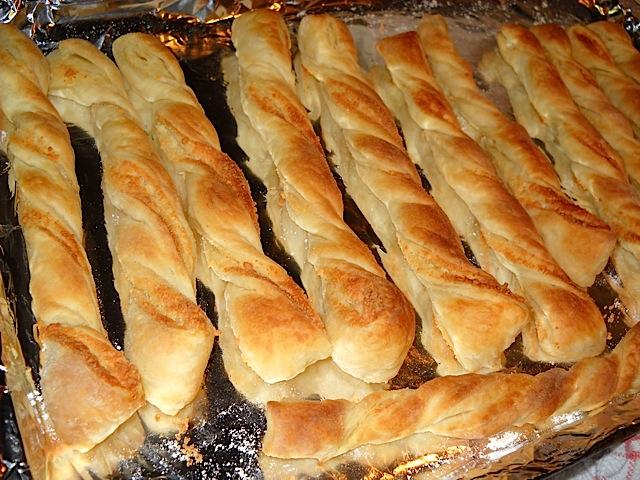 baked parmesan garlic twists