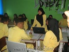 Download Hasil Diskusi Seni Musik Barok di SMAN Pintar Kuansing 2
