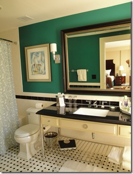 5.  Stoneleigh Bathroom